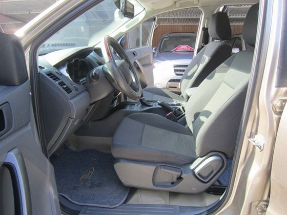 Cần bán xe Ford Ranger đời 2014, nhập khẩu Thái, số tự động-4