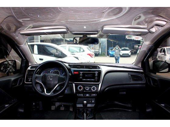 Cần bán lại xe Honda City đời 2015, màu trắng, xe nhập, số sàn, 555 triệu-9