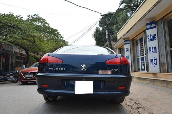 Cần bán Peugeot 607 đời 2002, nhập khẩu nguyên chiếc, giá 370tr-3