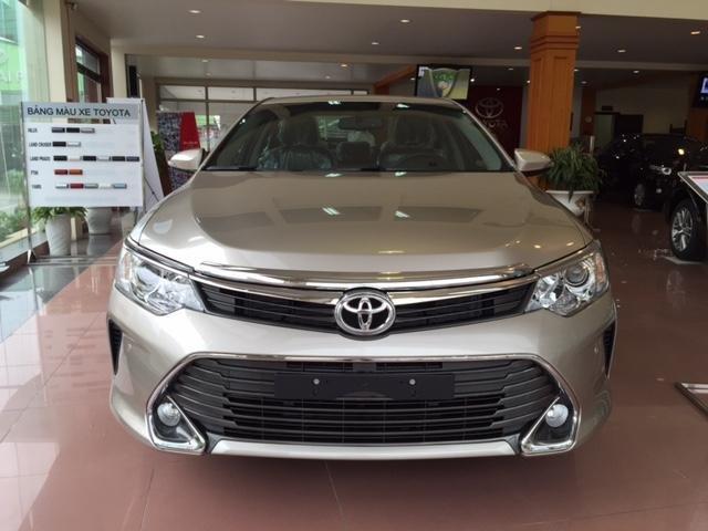 Cần bán Toyota Camry năm 2015, xe đẹp -4