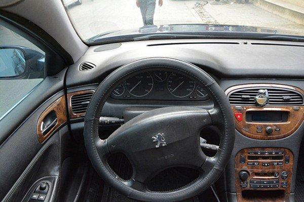 Cần bán Peugeot 607 đời 2002, nhập khẩu nguyên chiếc, giá 370tr-4