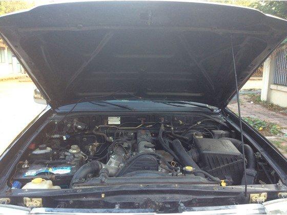 Cần bán gấp Ford Everest 2005, màu đen, xe nhập, số sàn  -8