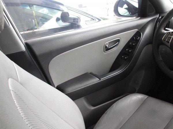 Hyundai Avante 1.6AT, mầu trắng, đời 2012 - 528 triệu-6