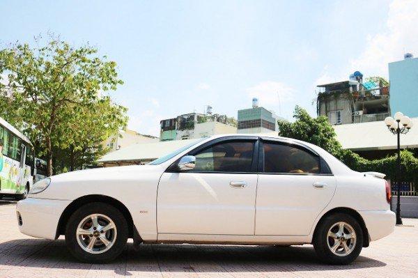 Xe Daewoo Lanos đời 2005, màu trắng, chính chủ, giá 175tr-1