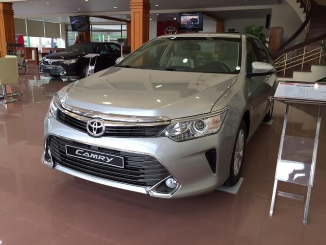 Cần bán Toyota Camry năm 2015, xe đẹp -1