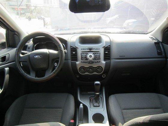Cần bán xe Ford Ranger đời 2014, nhập khẩu Thái, số tự động-9