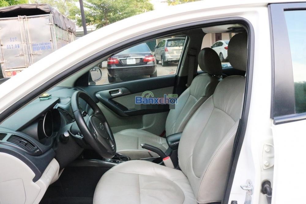 Cần bán Kia Cerato năm 2011, màu trắng, nhập khẩu chính hãng, số tự động, giá tốt-3