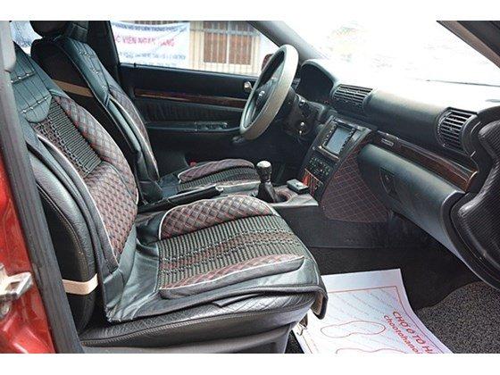 Bán Audi A4 sản xuất 2000, màu đỏ, nhập khẩu chính hãng số sàn, 345tr-5