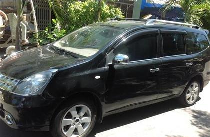 Bán ô tô Nissan Grand Livina Đời 2011, màu đen, nhập khẩu, còn mới - 360 triệu-1