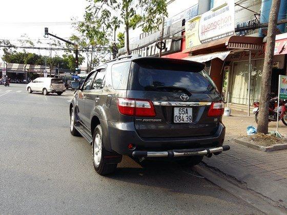 Xe Toyota Fortuner sản xuất 2009, nhập khẩu chính hãng, chính chủ, giá chỉ 720 triệu-8
