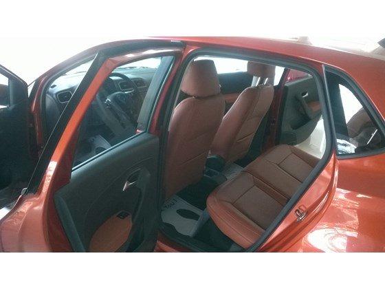Cần bán Volkswagen Polo đời 2015, nhập khẩu chính hãng-2