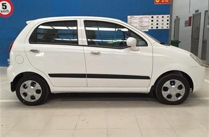 Cần bán xe Chevrolet Spark 2015, màu trắng, số sàn-2