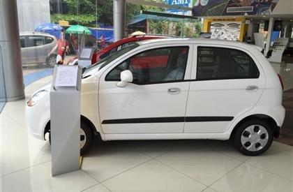 Cần bán xe Chevrolet Spark 2015, màu trắng, số sàn-3