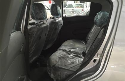 Cần bán gấp Chevrolet Spark đời 2015, màu xám-6