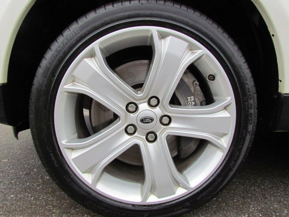 Cần bán xe LandRover Range rover đời 2011, màu trắng, nhập khẩu nguyên chiếc-9