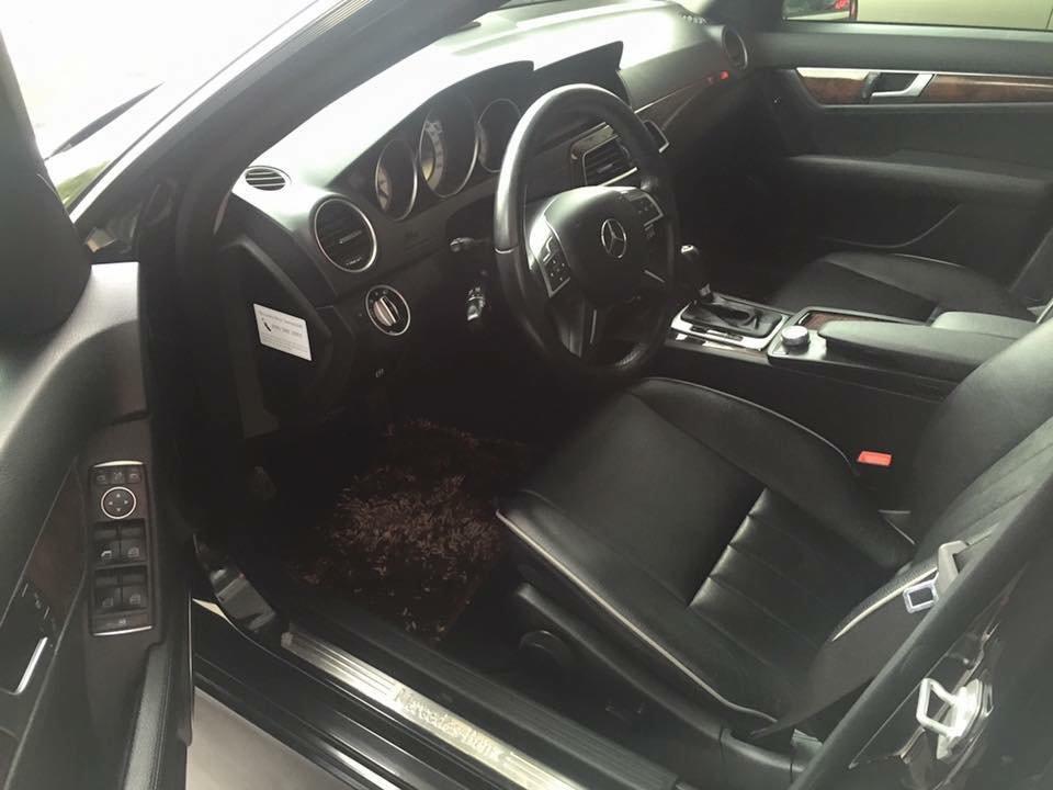 Bán ô tô Mercedes C250 đời 2011, màu đen, nhập khẩu chính hãng-2