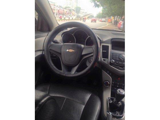 Bán xe Chevrolet Cruze sản xuất 2011, màu đen, nhập khẩu chính hãng, như mới-5