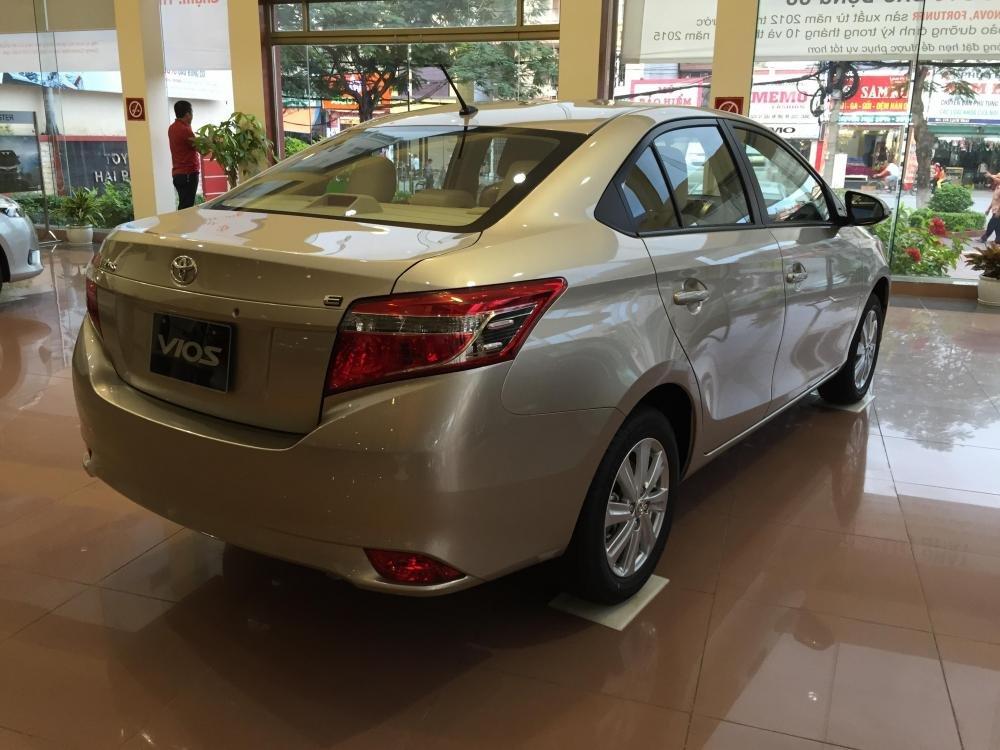 Bán xe Toyota Vios năm 2015, màu bạc, 595tr-5