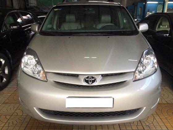 Cần bán lại xe Toyota Sienna đời 2008, nhập khẩu-0