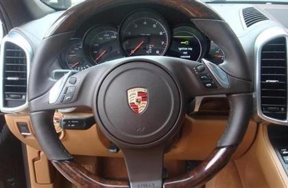 Bán xe Porsche Cayenne đời 2011, màu đen, nhập khẩu-3