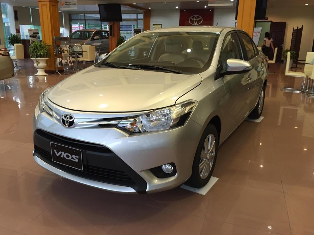 Bán xe Toyota Vios năm 2015, màu bạc, 595tr-3
