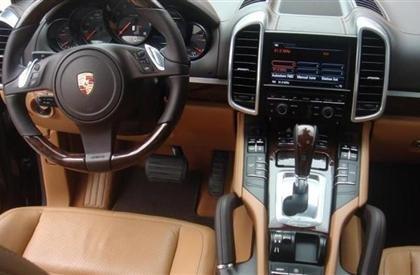 Bán xe Porsche Cayenne đời 2011, màu đen, nhập khẩu-4