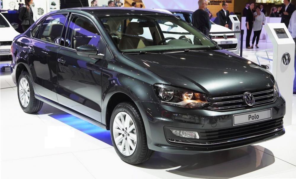 Bán Volkswagen Polo đời 2015, màu đỏ, nhập khẩu chính hãng-1
