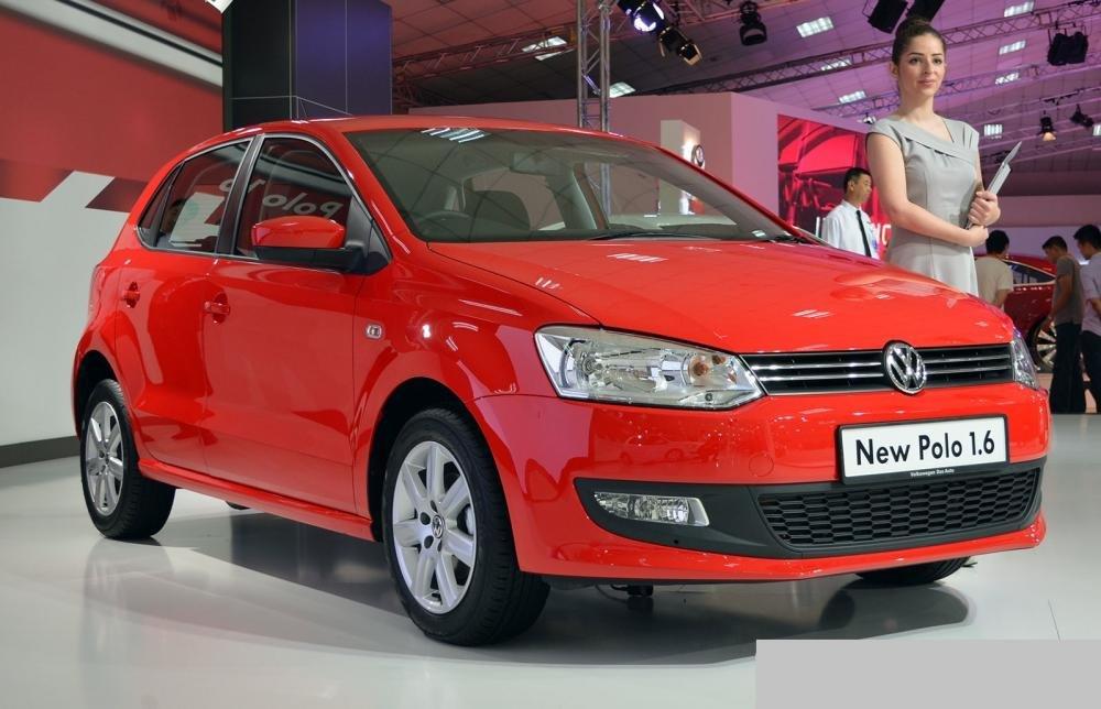 Cần bán xe Volkswagen Polo đời 2015, màu đỏ, nhập khẩu nguyên chiếc, 630tr-9