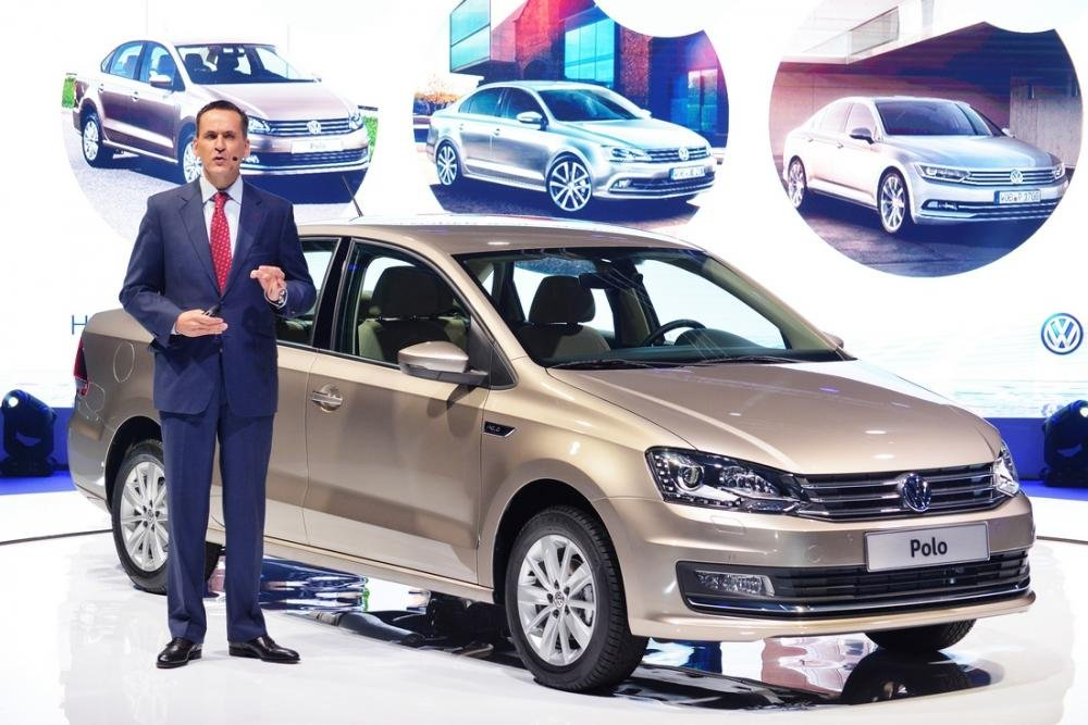 Bán Volkswagen Polo đời 2015, màu đỏ, nhập khẩu chính hãng-5