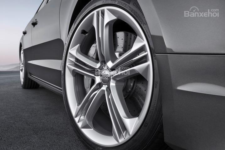 Đánh giá xe Audi S8 2016:Mâm bằng hợp kim 21 inch
