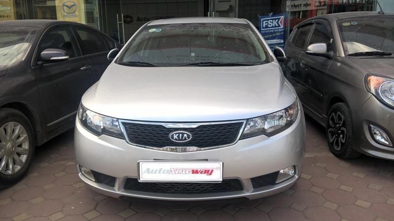 Bán xe Kia Cerato sản xuất 2011, màu bạc, nhập khẩu, chính chủ-0