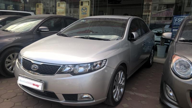 Bán xe Kia Cerato sản xuất 2011, màu bạc, nhập khẩu, chính chủ-5