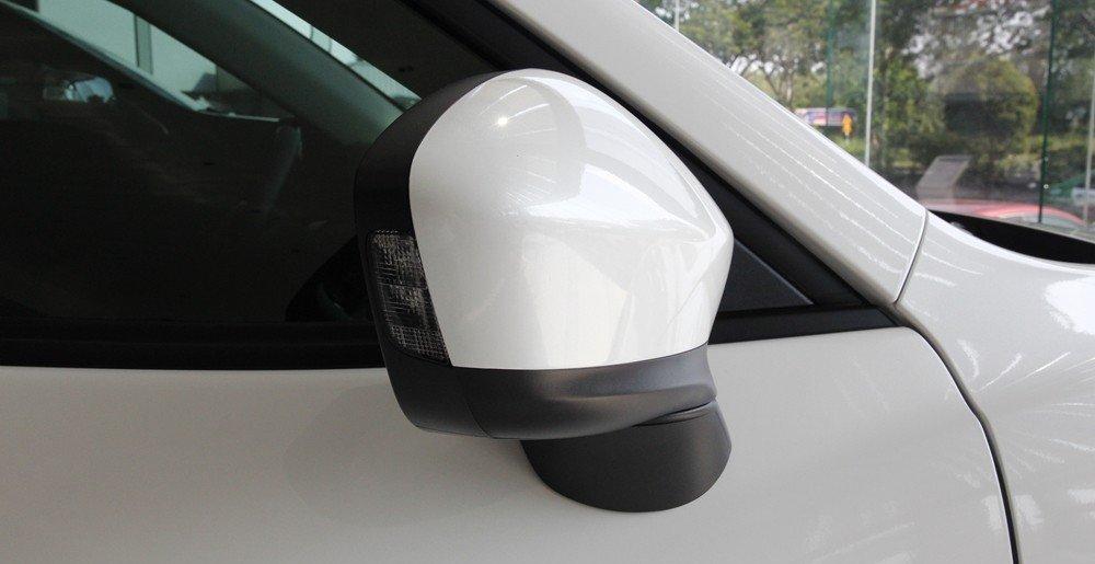 CX-5 2015 sử dụng đèn pha Bi-Xeon với công nghệ hỗ trợ góc chiếu sáng.