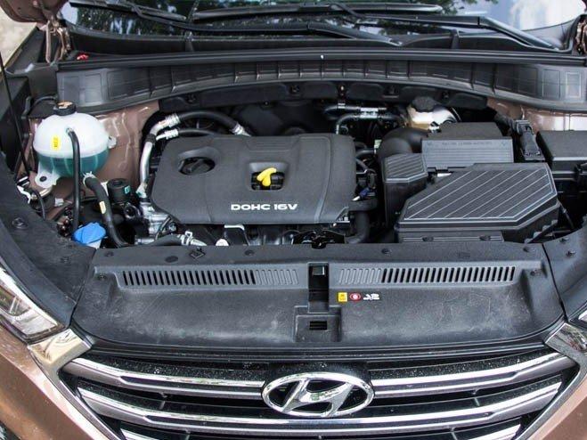 Động cơ của Hyundai Tucson 2016.