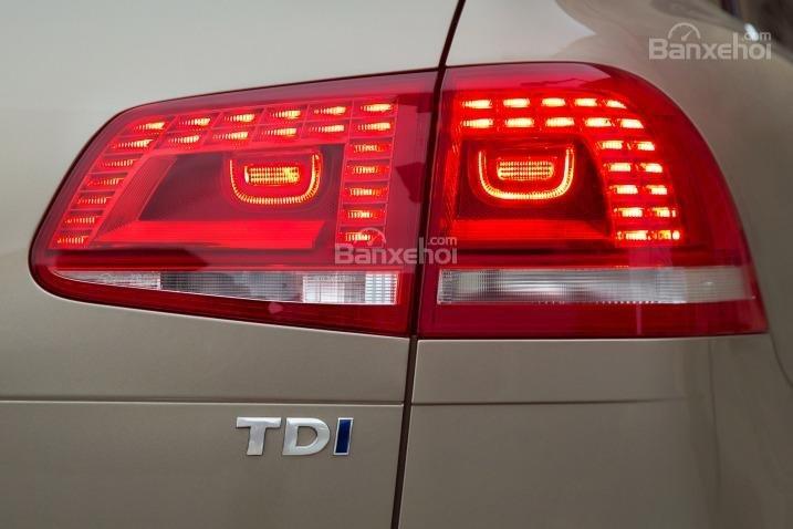 Đánh giá xe Volkswagen Touareg 2016: Được ứng dụng trên tất cả các biến thể