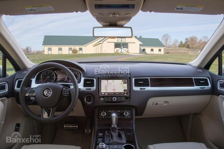 Đánh giá xe Volkswagen Touareg 2016: Nội thất xe mang đến cảm nhận tốt về chất lượng và sự tinh tế