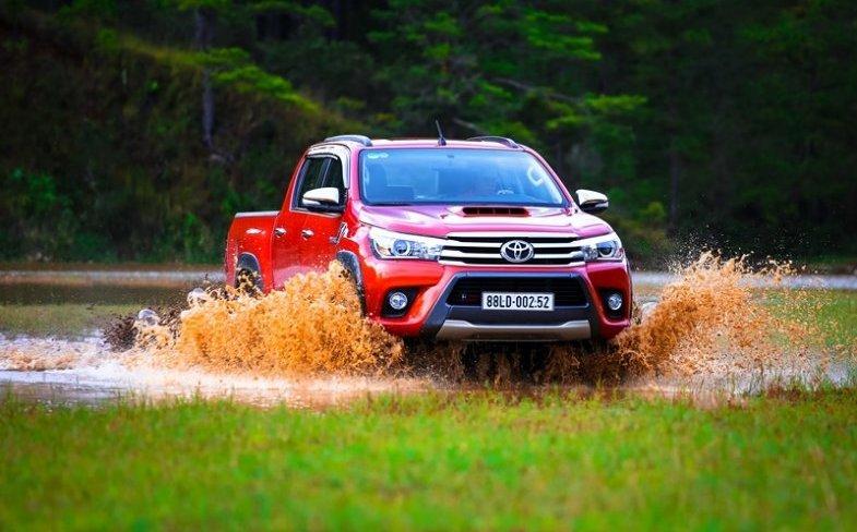 Các chuyên gia đánh giá xe Toyota Hilux 2015 cho rằng với mẫu xe này bạn sẽ tìm được cảm giác lái mà mình mong muốn.