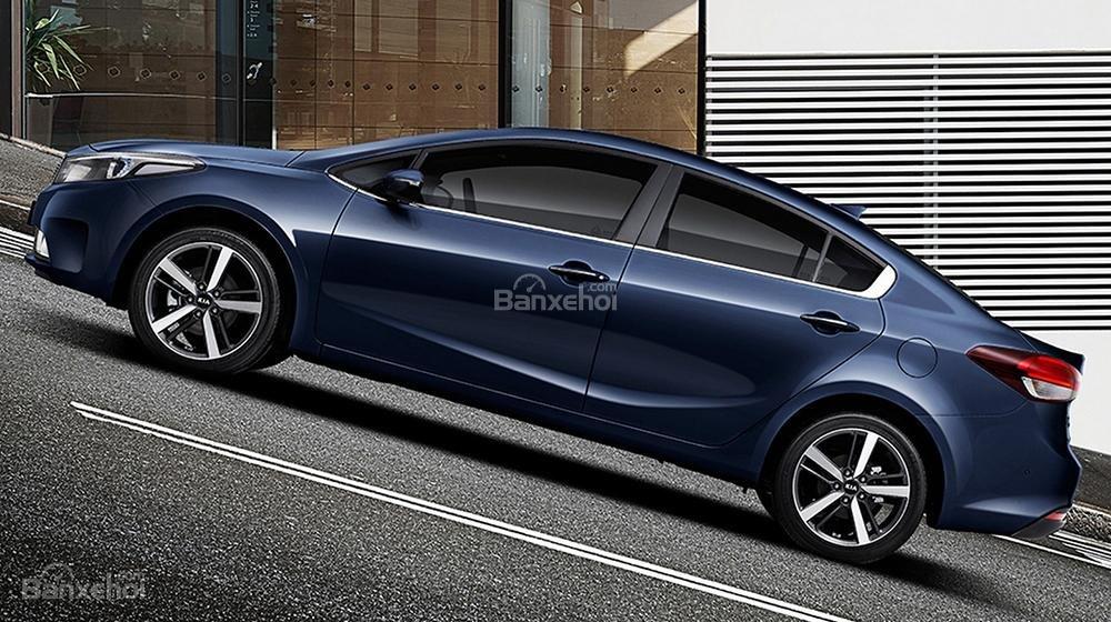 Đánh giá xe Kia K3 2016 phần thân xe 1