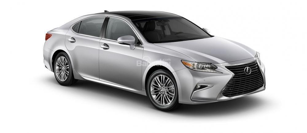 Đánh giá xe Lexus ES 350 2016: Phía trước xe