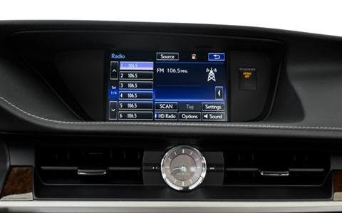 Đánh giá xe Lexus ES 350 2016: Các tính năng khá hiện đại và thực dụng