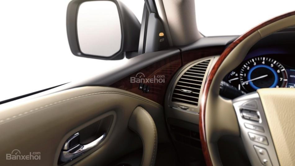 Đánh giá xe Infiniti QX80 2016: Qua gương chiếu hậu