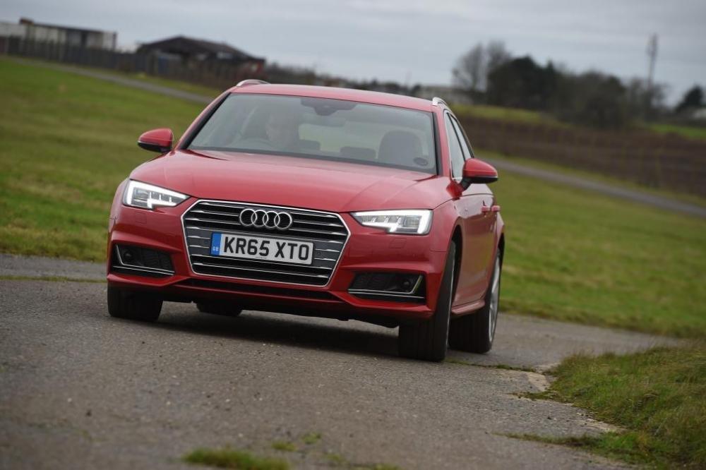 Đầu xe Audi Avant 4