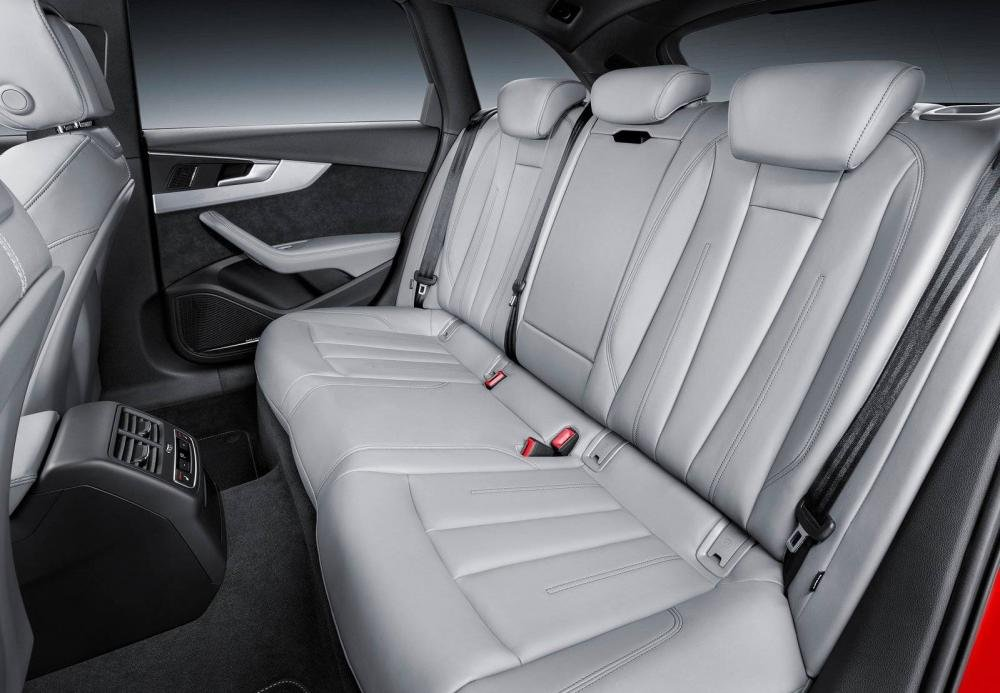 Nội thất Audi A4 Avant 2