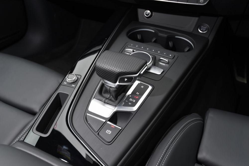 Tiện nghi Audi Avant 2