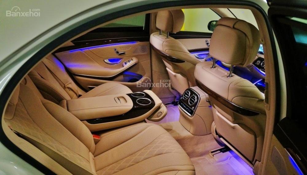 Đánh giá xe Mercedes-Benz S400L 2015 phần nội thất 3