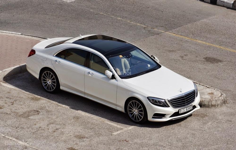 Đánh giá xe Mercedes-Benz S400L 2015 phần thân xe 1