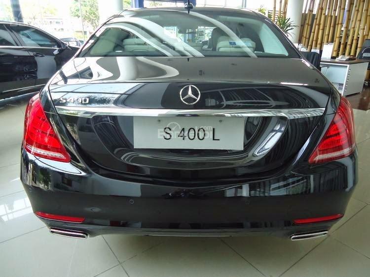 Đánh giá xe Mercedes-Benz S400L 2015 phần đuôi xe 1