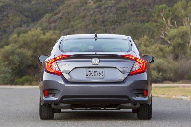 Honda Civic Hatchback thế hệ mới concept có thiết kế không quá khác biệt so với bản sedan và couple,