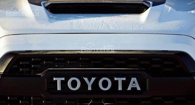 Toyota Tacoma TRD Pro lộ ảnh trước thềm triển lãm Chicago.