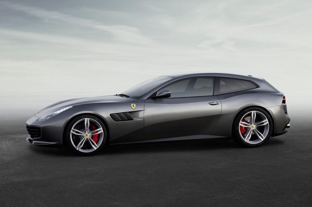 Người kế nhiệm Ferrari FF - GTC 4 Lusso.